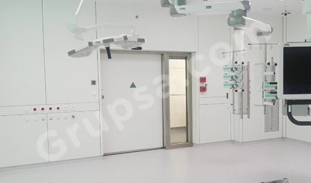 Panel system for modular operating theatres